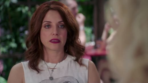 Tears Cake - Girlfriends' Guide to Divorce Season 3 Episode 3