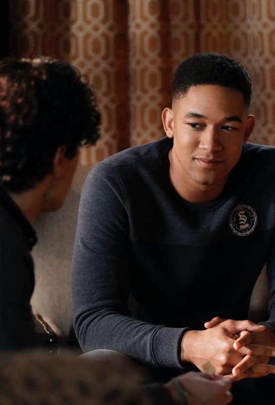 Two Brothers - Legacies Season 1 Episode 11