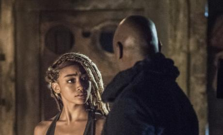 Jaha and Gaia — The 100 Season 4 Episode 8