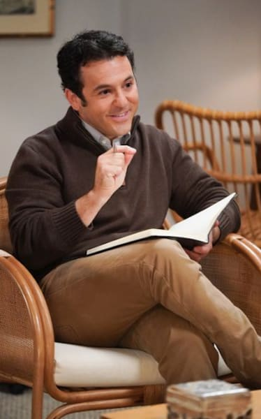 Fred Savage Guest Stars - The Conners Season 3 Episode 11