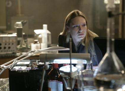 Watch Fringe Season 1 Episode 13 Online