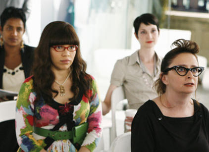 Watch Ugly Betty Season 3 Episode 24 Online