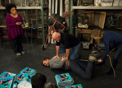 Watch Community Season 5 Episode 9 Online