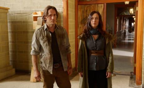 Peter and Anne Break In - Helix Season 2 Episode 8