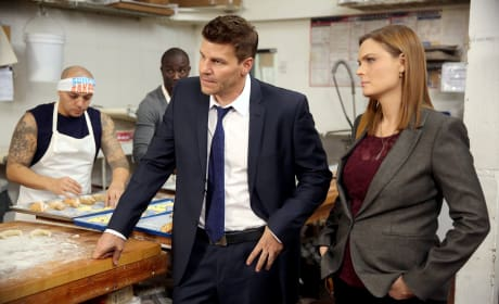Booth and Brennan Question a Bakery Owner - Bones