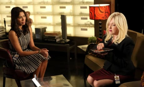 Angela and Avalon Chat About the Case - Bones Season 10 Episode 11