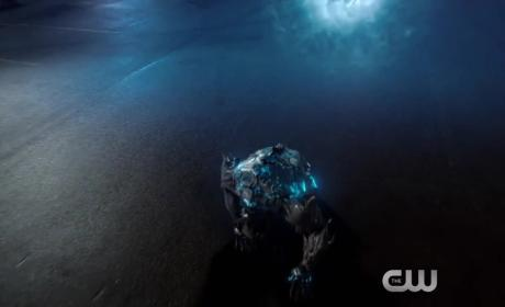 The Flash Promo: Is Wally a spy?