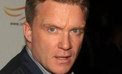 "Anthony Michael Hall to Be a ""Force"" on No Ordinary Family"