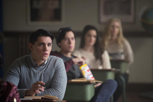 Class In Session - Riverdale Season 1 Episode 9