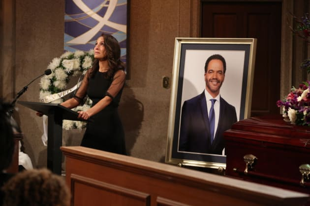Lily Says Goodbye - The Young and the Restless
