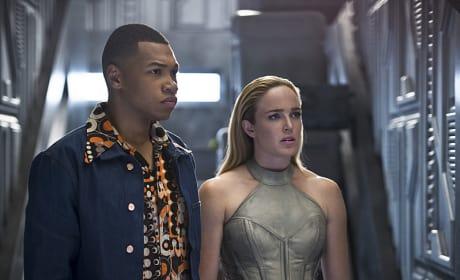 Jax and Sara - DC's Legends of Tomorrow Season 1 Episode 2