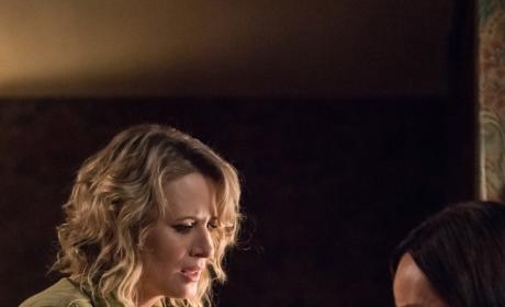 Mary comforts Kelly - Supernatural Season 12 Episode 23