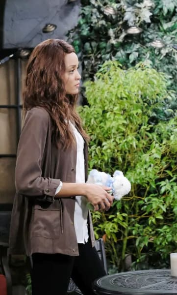 Lani Tells a Lie - Days of Our Lives