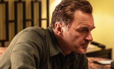 Julian McMahon of FBI: Most Wanted Season 1 Episode 19