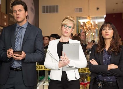 Watch Angie Tribeca Season 1 Episode 2 Online