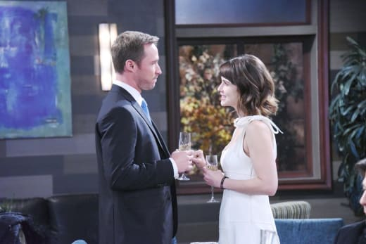 An Engagement Implodes - Days of Our Lives