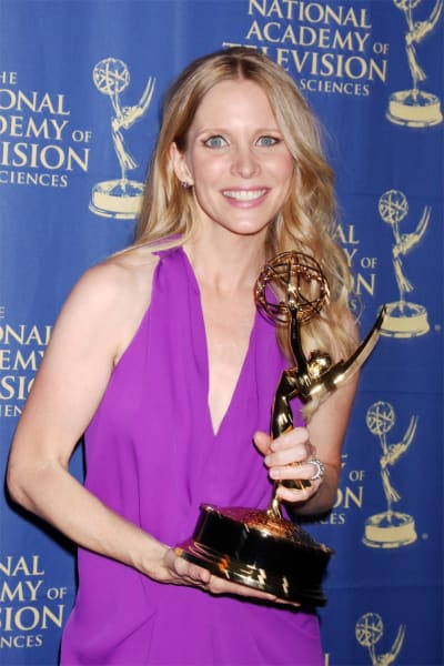 Lauralee Bell Gets a Emmy