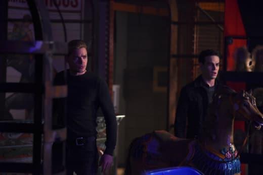 Latest Discovery - Shadowhunters Season 2 Episode 9