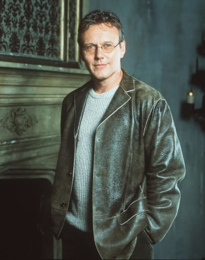Anthony Head Appears in a Still from Buffy Season 5