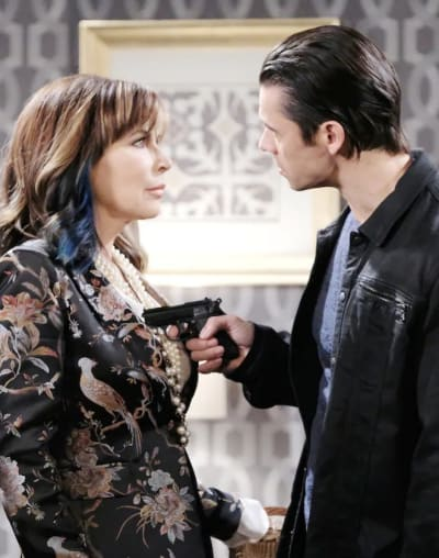 Kate in Trouble - Days of Our Lives