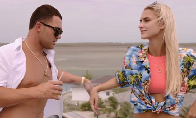 flirting with forty watch online season 5 premiere dates
