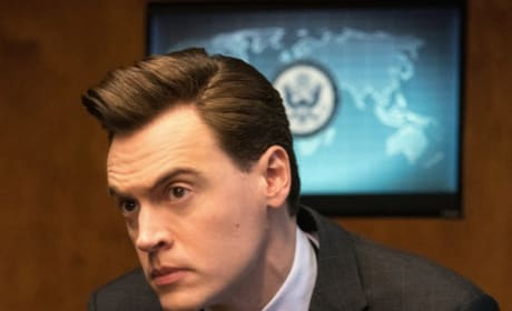 Blake Tries to Think - Madam Secretary Season 5 Episode 17