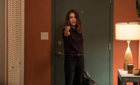 On Guard - The Blacklist Season 5 Episode 1