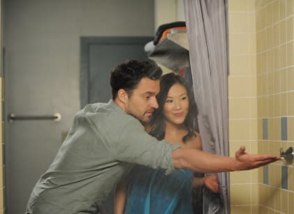 Watch New Girl Season 5 Episode 4 Online