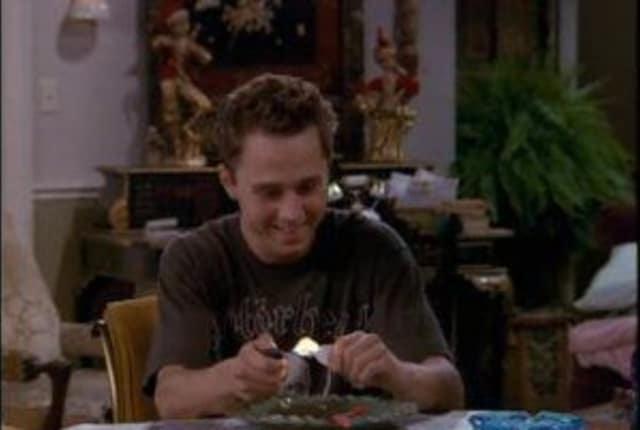 Watch Friends Season 3 Episode 5 Online - TV Fanatic