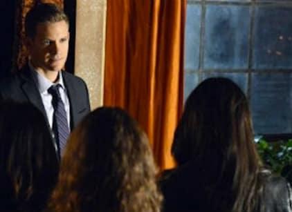Watch Pretty Little Liars Season 3 Episode 20 Online