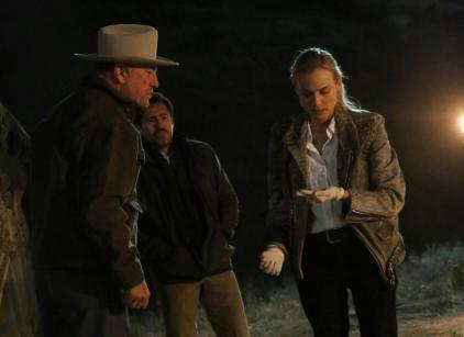 Watch The Bridge Season 1 Episode 2 Online