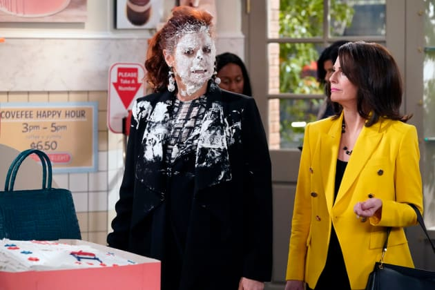 Grace Takes the Cake - Will & Grace