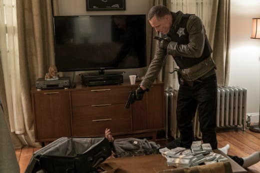 A Violent Robbery - Chicago PD