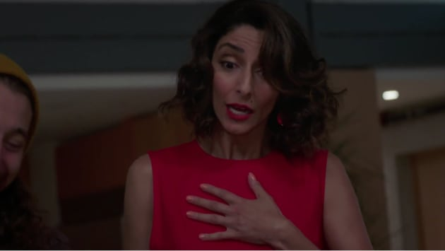 Unexpected - Girlfriends' Guide to Divorce Season 3 Episode 3