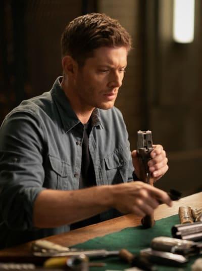 Gun Cleaning Is Essential - Supernatural Season 15 Episode 20