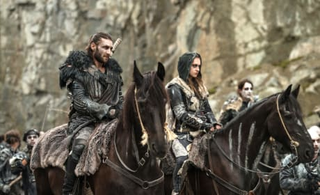 Echo and Roan – The 100 Season 4 Episode 5