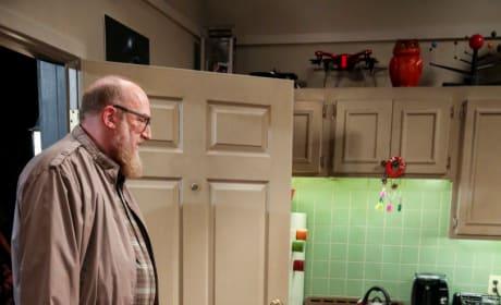 Making New Friends - The Big Bang Theory Season 12 Episode 23