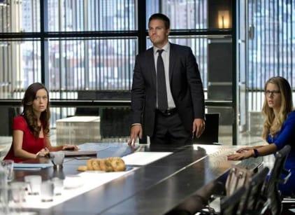 Watch Arrow Season 2 Episode 1 Online