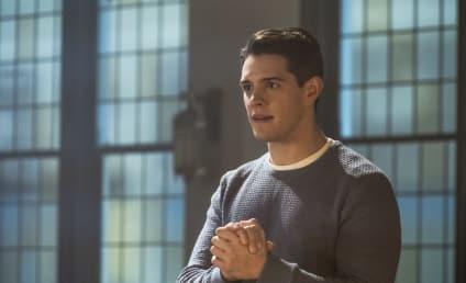 Watch Riverdale Online: Season 2 Episode 18