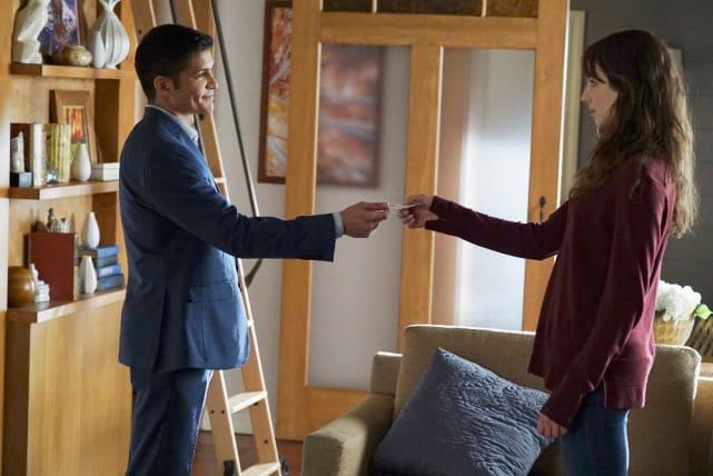 An Alliance? - Pretty Little Liars Season 7 Episode 9