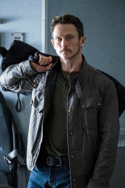 Bryan Boards the Plane - Debris Season 1 Episode 1