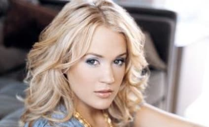 Carrie Underwood, Kellie Pickler to Sing on Christmas Album