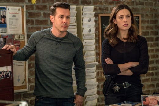 In a Tough Spot - Chicago PD