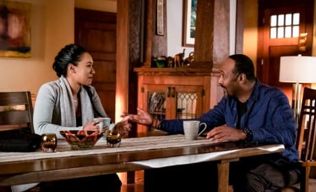 Joe and Iris Bond - The Flash Season 5 Episode 15