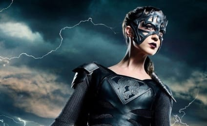 Supergirl: Reign's Eye-Catching Costume Unveiled!