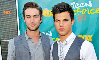 Three Gossip Girl Stars Win Teen Choice Awards!