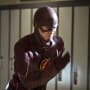 Flash Pose - The Flash Season 1 Episode 6