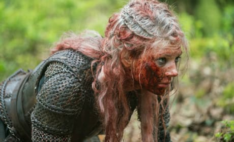 Bloody Lagertha - Vikings Season 5 Episode 19