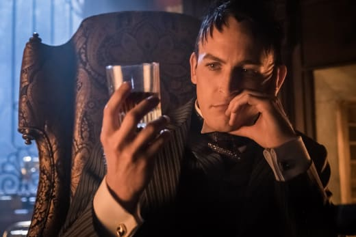 A Drink for me - Gotham Season 3 Episode 8