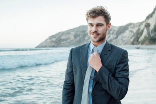 Grey Damon Flash